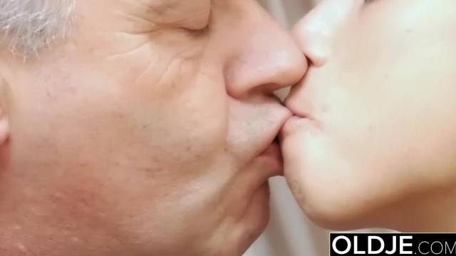 Young Teenie Fucks old Man gives him Teen Blowjob she Swallows Cum