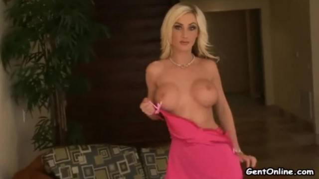Riley Chase Blonde Slut Solo Masturbation