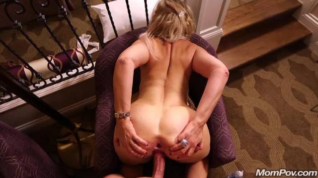 Amateur Cougar Slut Fucked Hard Anal POV