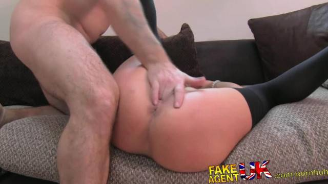 FakeAgentUK Glamour Model Turns Cock Jockey in Fake Casting