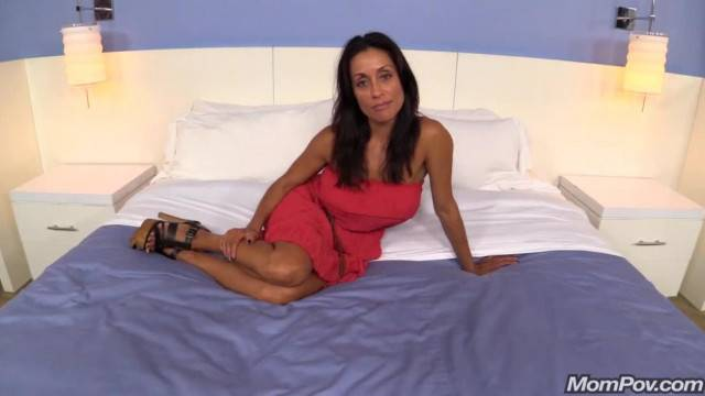 Milf casting for a real porno video gets penetrated POV