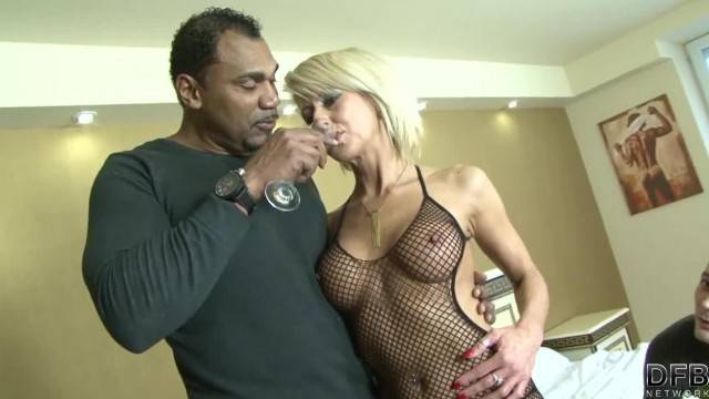 Horny wife gets anal fucked by black stranger in front of cuckold husband