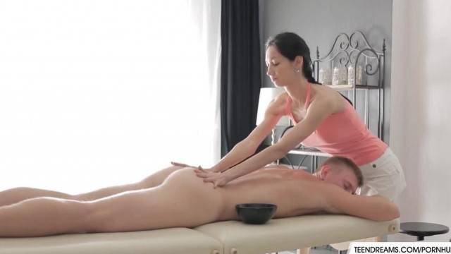 Teen Massage Threapist Fucked Hard