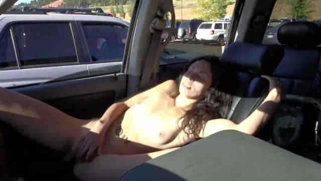 Masturbating Nude in Car at Walmart Parking Lot Windows Rolled down