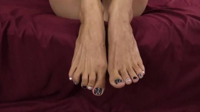 Lelu Love Feet JOI Closeup Toes Jerkoff Encouragement