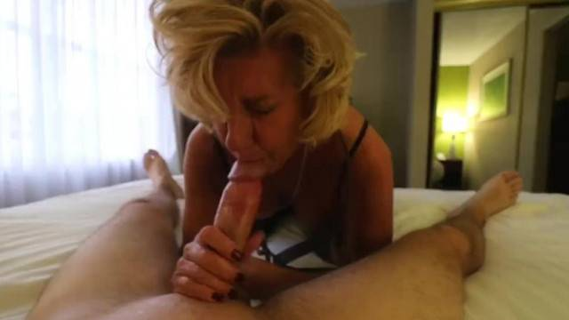 Hardcore amateur fuck with kinky mature lady