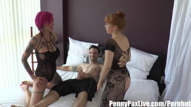 Busty Anna Belle Peaks and Penny Pax make threesome with Alex Legend