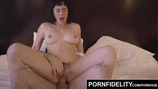 Hot babe Olive Glass eats cum in sensual hardcore fantasy