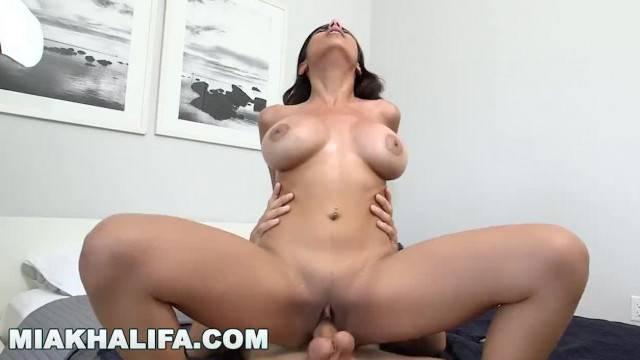 Pornstar Mia Khalifa Arab Babe gets fucked in doggy style