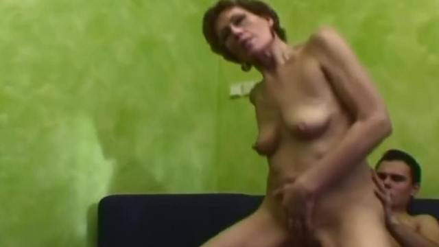 Horny granny makes young stud cream her after kinky fuck