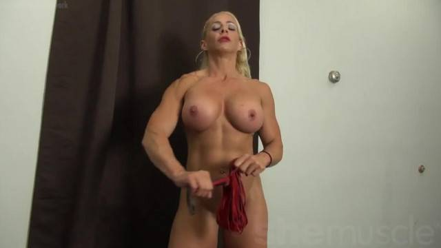 Nude dominant Jill Jaxen intimidates with her perfect muscular body