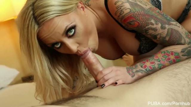 Pretty Peyton West Puts a Cock between her Big Tits