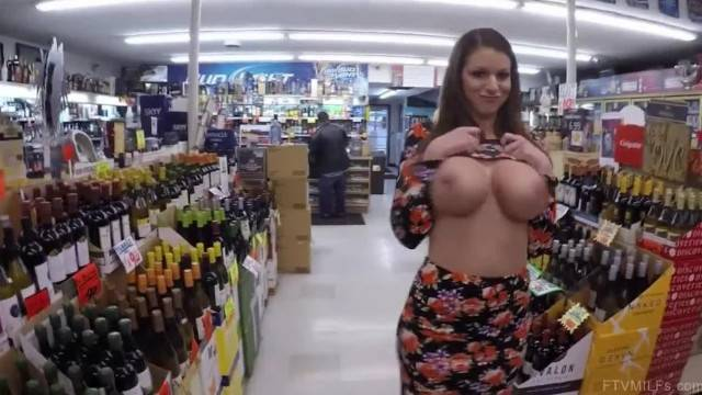 Brooklyn Big Tits Nude in the Store