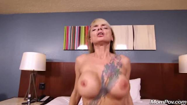 Hot Tattooed Nympho MILF Serves Young Cock