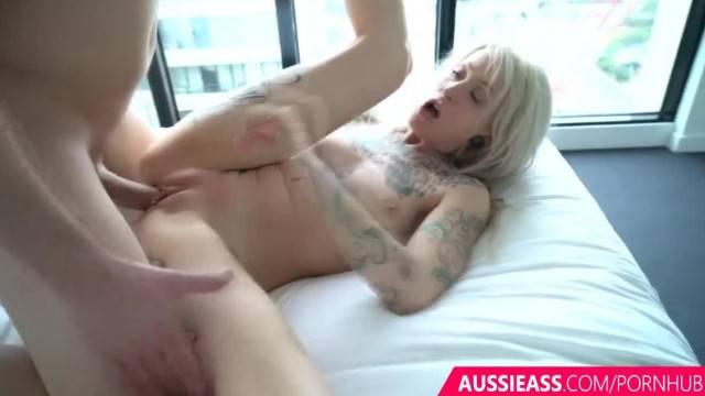 Blonde inked hottie milks big dick in intense fuck