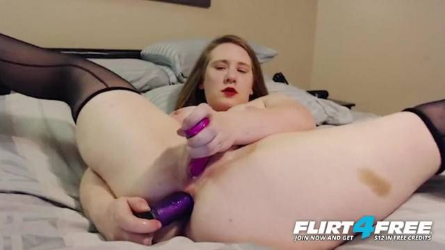 Big titty cam girl sticks dildo in her ass and pussy