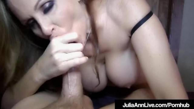 Kinky MILF Julia Ann gives the best morning POV blowjob